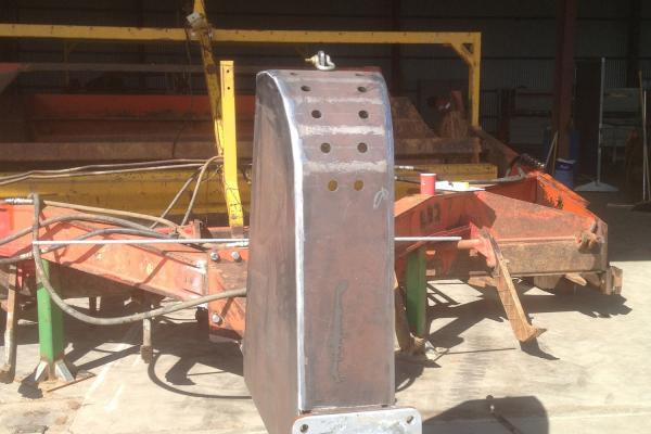 Convey Oz repairs to laser bucket Griffith